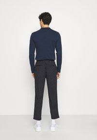 Casual Friday - PIERRE STRIPE PANTS - Trousers - navy blazer - 2