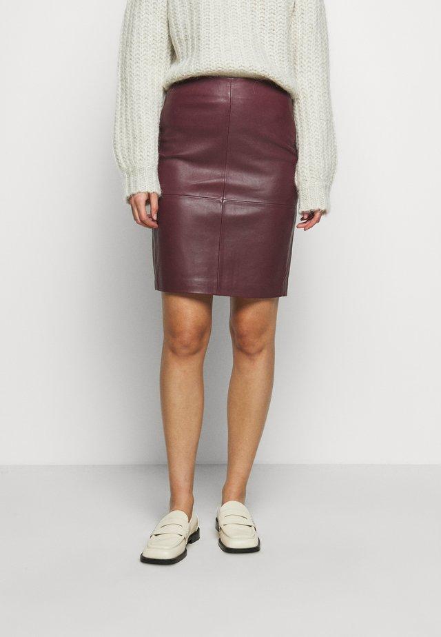 CECILIA - Áčková sukně - sassafras