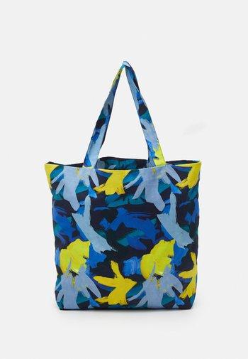 TOTE BAG L - Tote bag - multicoloured/blue