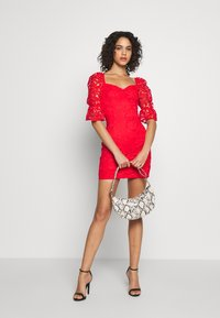 Missguided - SQUARE NECK BODYCON MINI DRESS - Sukienka koktajlowa - red - 1