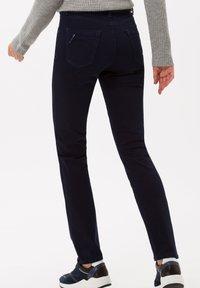 BRAX - STYLE MARY - Jeans slim fit - clean dark blue - 2