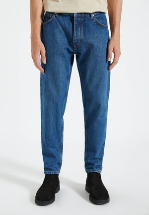 IM FIVE-POCKET-STIL - Jeansy Straight Leg - stone blue denim