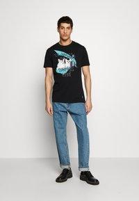 Vivienne Westwood - DANGERO CLASSIC - T-shirt con stampa - black - 1