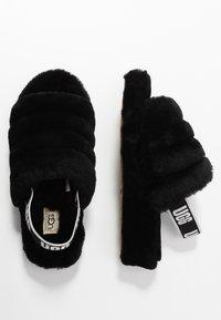 UGG - FLUFF YEAH SLIDE - Platform sandals - black - 3