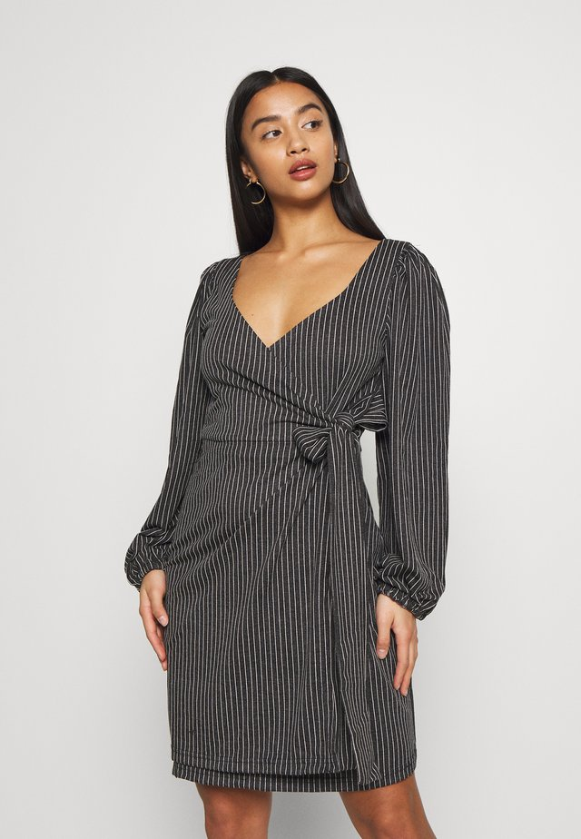 TEXTURED WRAP DRESS - Day dress - multi