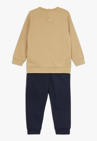 Champion - CHAMPION X ZALANDO TODDLER SET - Tracksuit - sand/black - 1