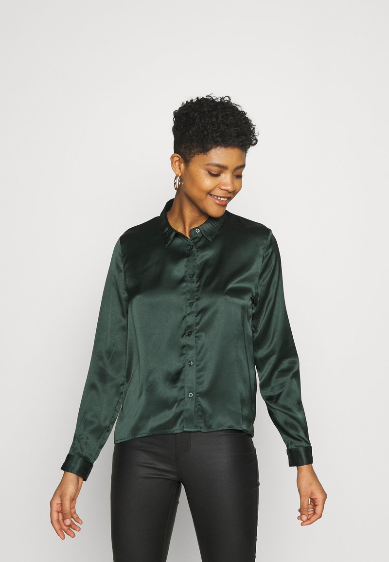 JDY - JDYFIFI LIFE SHORT SHIRT - Button-down blouse - scarab