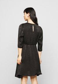 Vero Moda Petite - VMJENICE SHORT DRESS - Day dress - black - 2