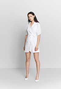 Fashion Union - BELLA - Shift dress - ivory - 1