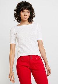 Marc O'Polo - SHORT SLEEVE BOAT NECK - Basic T-shirt - white - 0