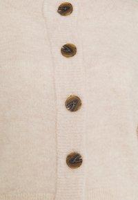 Selected Femme - SLFSIA CARDIGAN - Cardigan - sandshell - 2