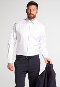 Eterna - MODERN FIT - Formal shirt - white - 0