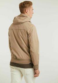 CHASIN' - Outdoor jacket - beige - 1