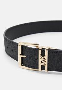 MICHAEL Michael Kors - LOGO REVERSIBLE BELT - Belt - black/silver - 3