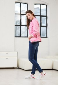 TOM TAILOR DENIM - JONA - Jeans Skinny - clean mid stone blue denim - 5