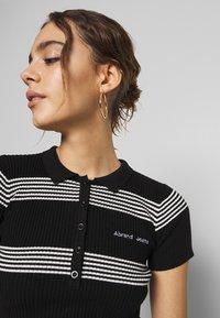 Abrand Jeans - JESSICA - Print T-shirt - black/white - 4