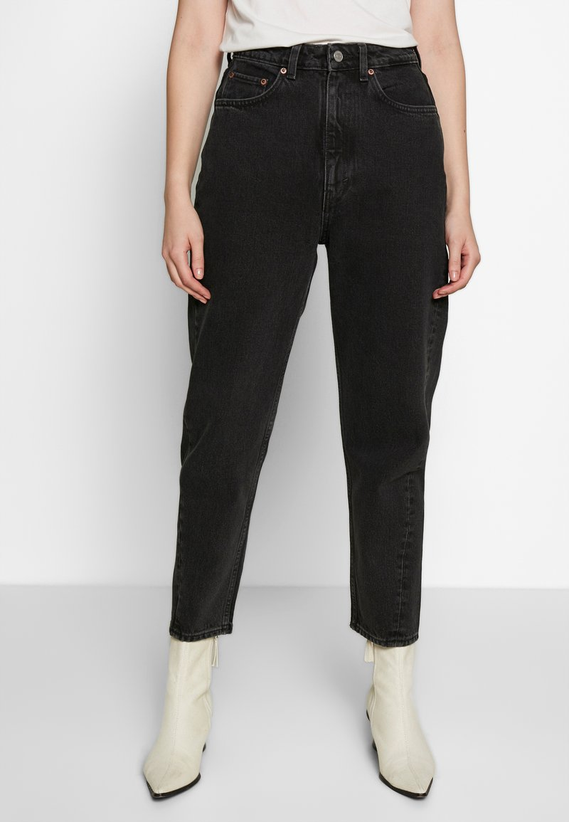 Weekday - MEG HIGH MOM WASHED BACK - Jeans Straight Leg - washed black