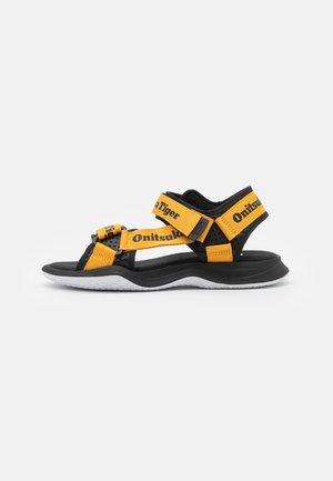 OHBORI STRAP UNISEX - Sandały - tiger yellow/black