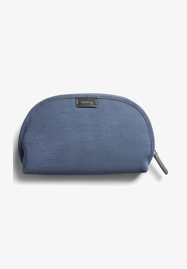 'CLASSIC POUCH - Wash bag - marine blue