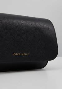 Coccinelle - ANNETTA MINI BAG - Across body bag - noir - 6