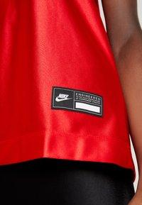 Nike Sportswear - Top - university red/metallic gold - 5