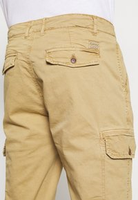 Blend - Cargo trousers - sand brown - 3
