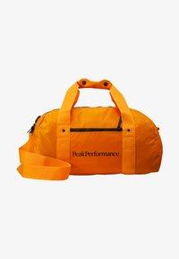 Peak Performance - DETOUR II 35L - Sports bag - explorange - 5