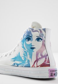 Converse - CHUCK TAYLOR ALL STAR FROZEN - High-top trainers - white/multicolor - 6