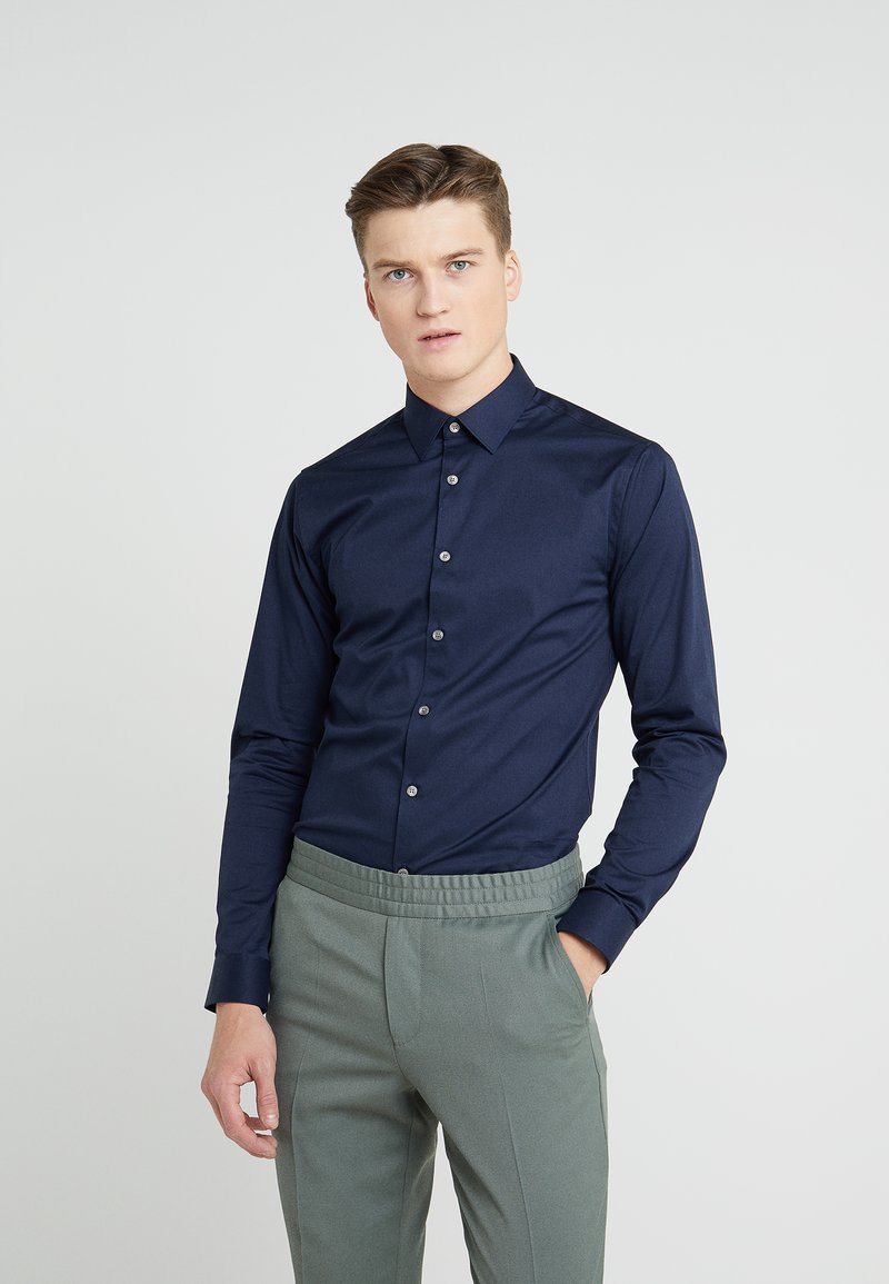 Tiger of Sweden - FILBRODIE EXTRA SLIM FIT - Chemise classique - navy