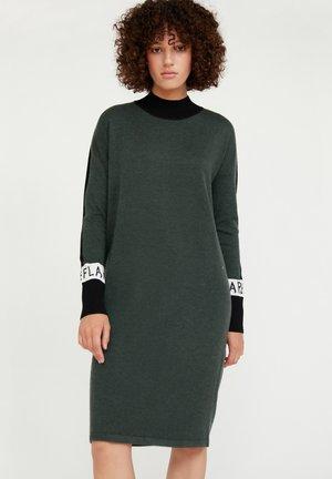 Jumper dress - dark green
