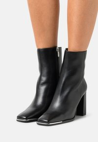 Copenhagen Shoes - CITY - Stivaletti - black - 0