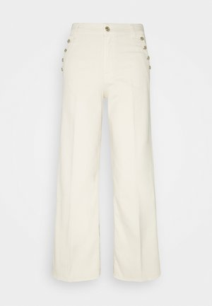 LOTTA CROPPED MILK WITH BUTTONS - Flared Jeans - ecru