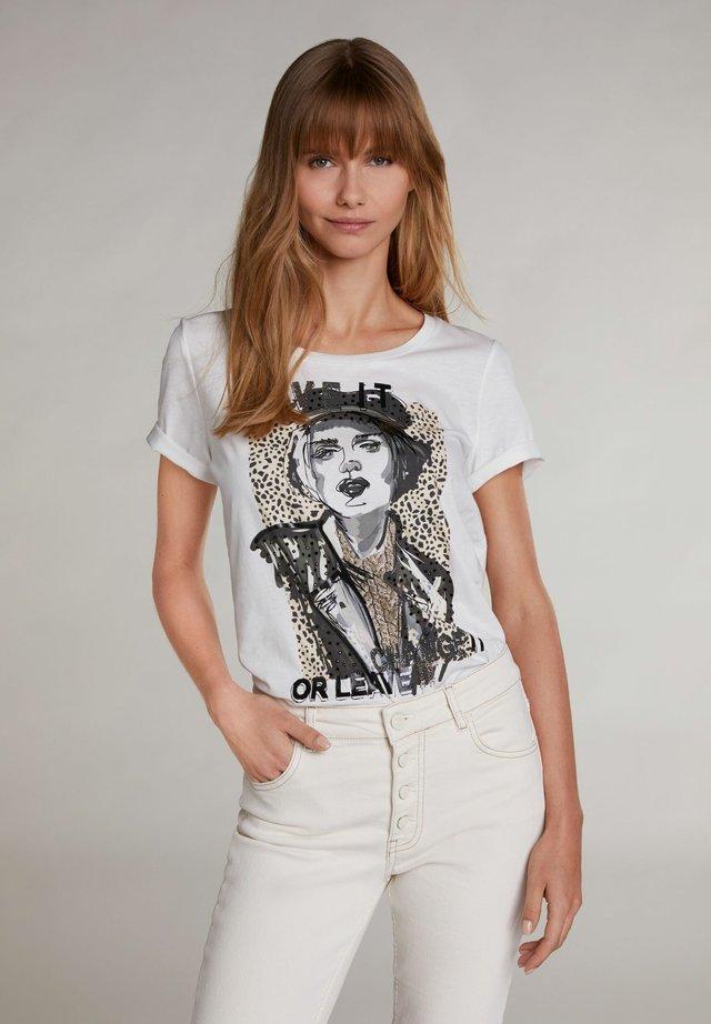 MIT SKIZZE - T-shirt print - cloud dancer