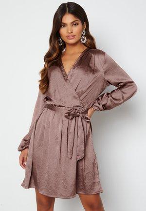 OLGA - Jersey dress - mauve