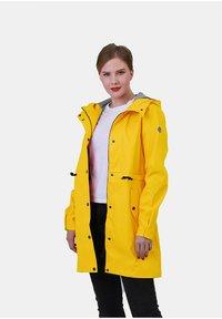 Dingy Rhythm Of The Rain - ALICE - Waterproof jacket - gelb - 1