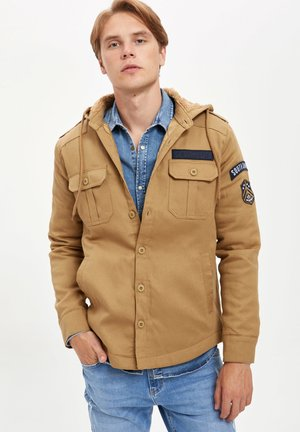 Chaqueta fina - brown