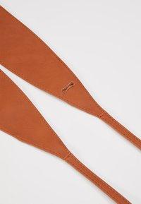NAF NAF - SKIMONO - Waist belt - camel - 4