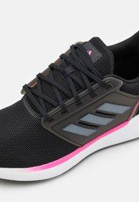 adidas Performance - EQ19 RUN - Hardloopschoenen neutraal - core black/iron metallic/screaming pink - 5