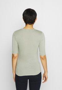 Marks & Spencer London - HIGH NECK TOP - T-shirt basic - green - 2