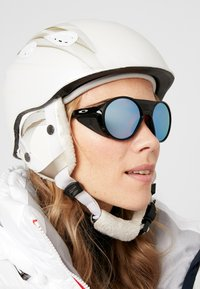 Oakley - CLIFDEN - Sunglasses - snow sapphire - 6