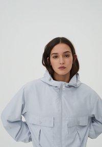 PULL&BEAR - Summer jacket - light blue - 3