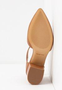 ALDO - BROOKSHEAR - Classic heels - cognac - 6