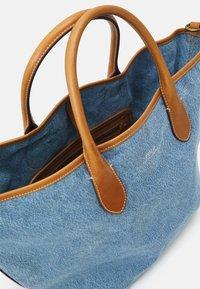 Polo Ralph Lauren - OPEN TOTE - Handbag - light blue/cuoio - 3