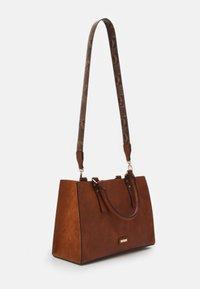 ALDO - MIX MAT - Handbag - cognac - 1