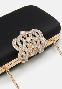 Forever New - STEPHANIE EMBELLISHED CLASP - Clutch - black - 4