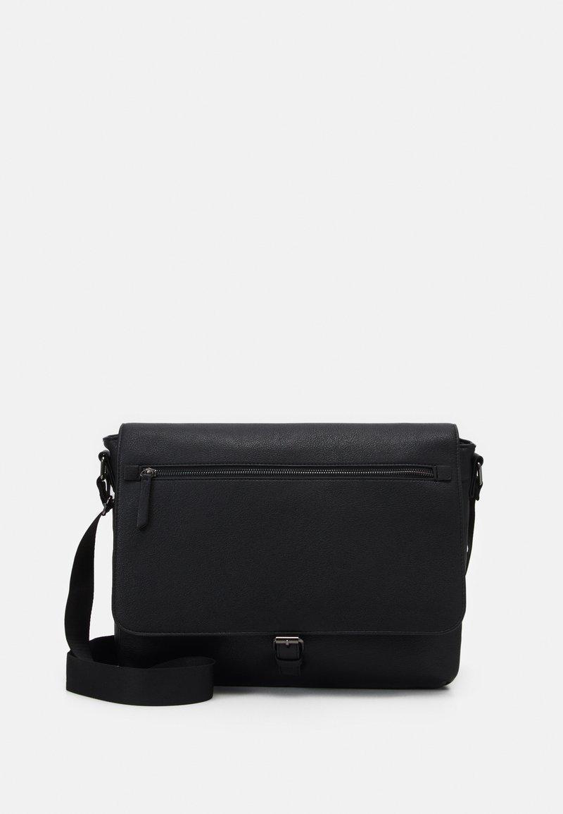 Pier One - Across body bag - black