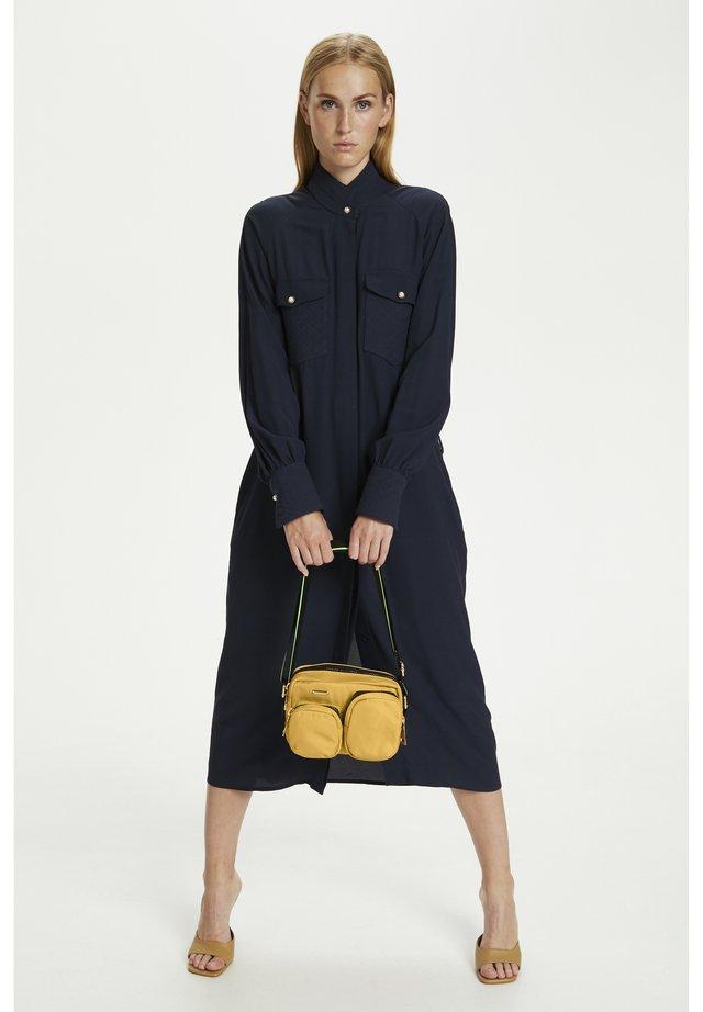 DONNAKB  - Across body bag - bamboo