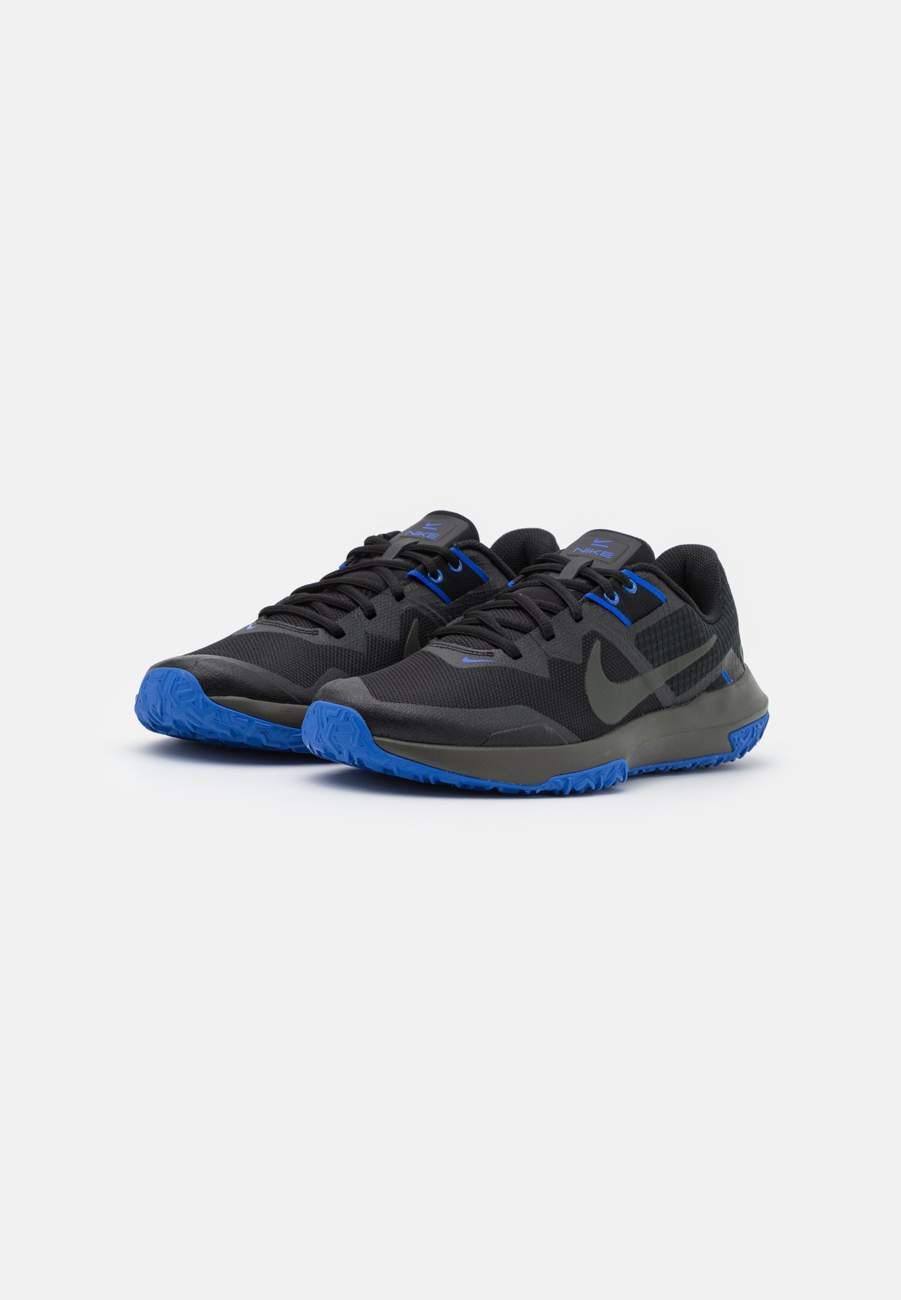 chaussure nike varcity tr 3