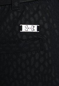 Under Armour - LINKS PRINTED SKORT - Sports skirt - black - 3