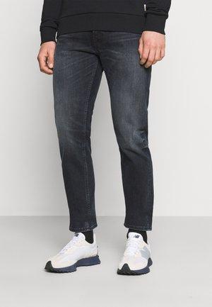 JJIMIKE JJORIGINAL - Jeans straight leg - black denim
